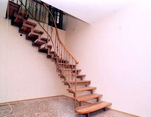 Из чего и как сделать металлическую лестницу