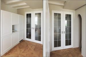 Белая кухня и раздвижные двери в Минске