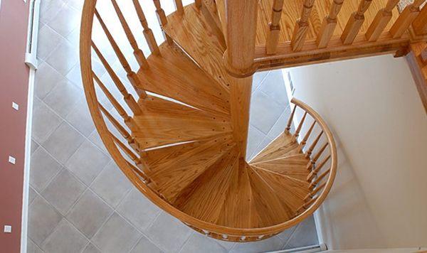 Купить лестницу из массива