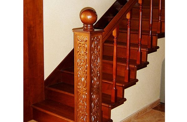 Элитные лестницы из массива ценных пород дерева