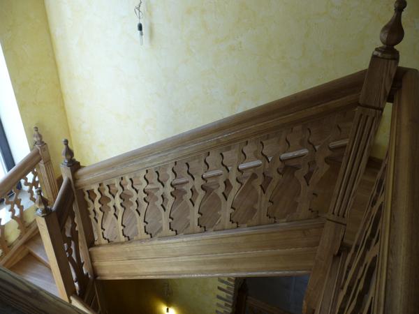 Лестница-из-массива-701
