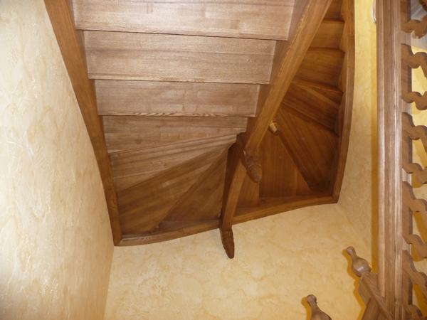 Лестница-из-массива-704
